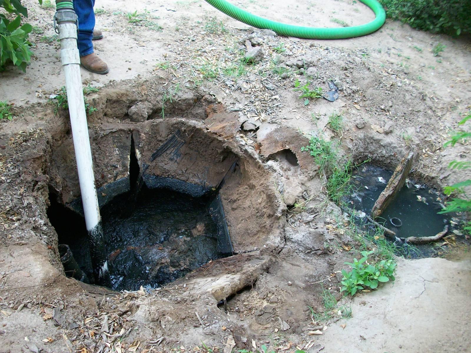 Как сделать выгребную яму 22